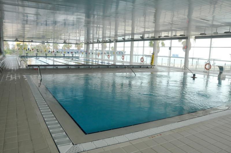 Piscina astilleros instituto municipal de deportes for Piscina 50 metros cadiz